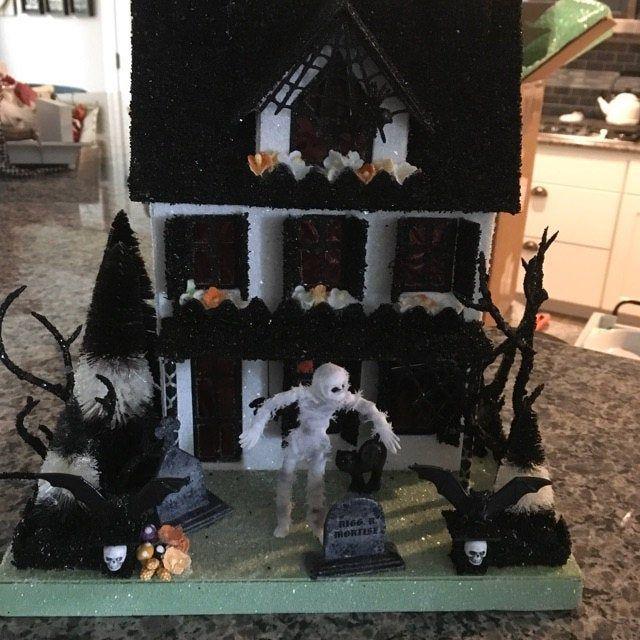 Putz Halloween Village( Small set of 4) Glitter Houses