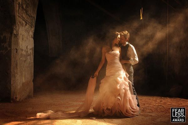 30 Amazing Collection Of Wedding Photography Pictures From The World S Best Wedding Photographers Fun Wedding Photography Best Wedding Photographers Romantic Wedding Photos