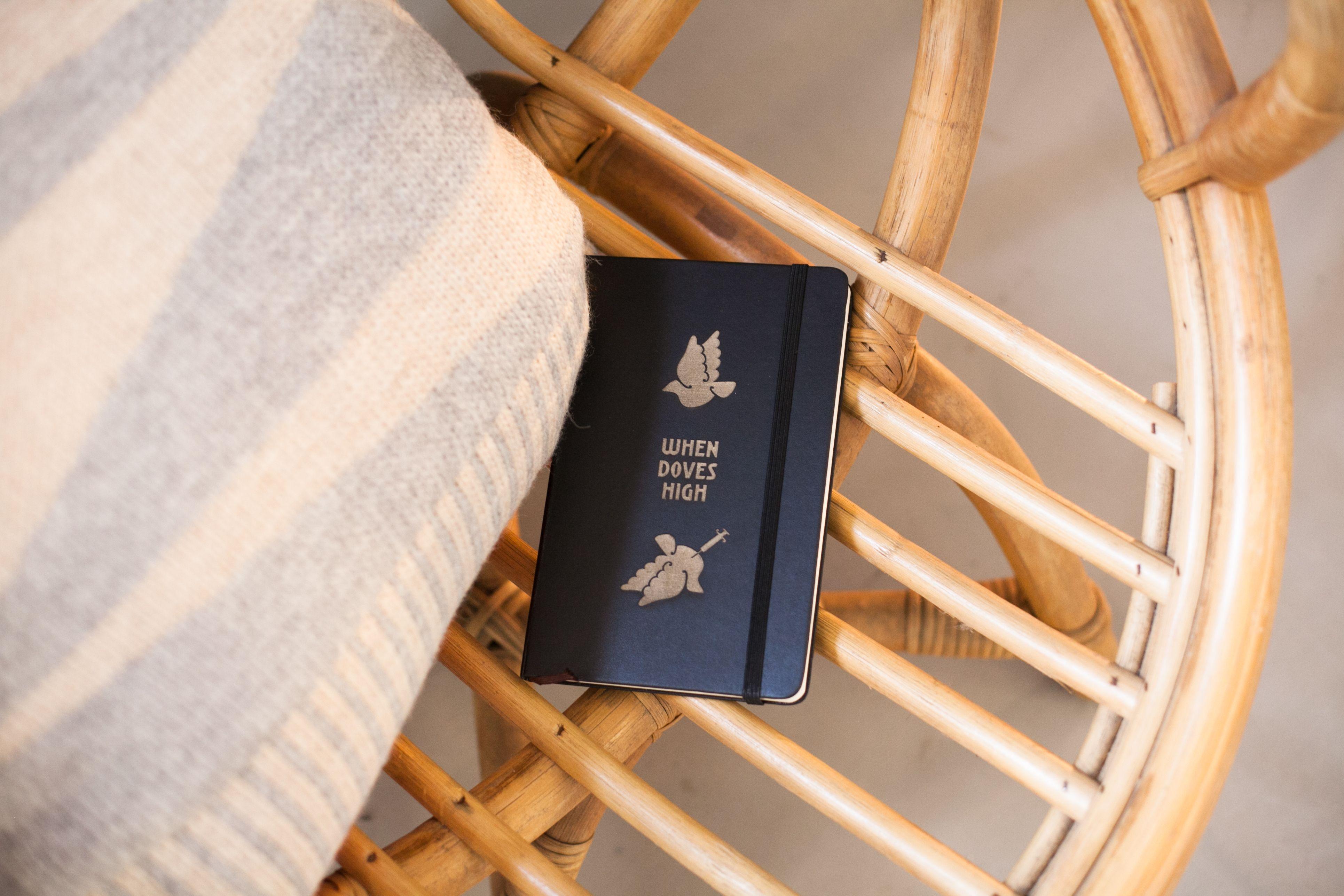 Made @ Uncover Lab | When Doves High | Moleskine ® | Design: Floris | Photo: Eva Leget