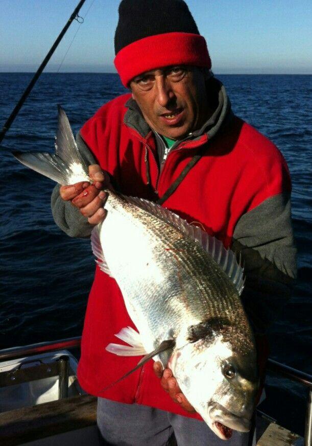 """Pesca à Dourada No Cabo Espichel - SESIMBRA no barco """"5 Pestinhas"""" em 21 de Dezembro 2013"""