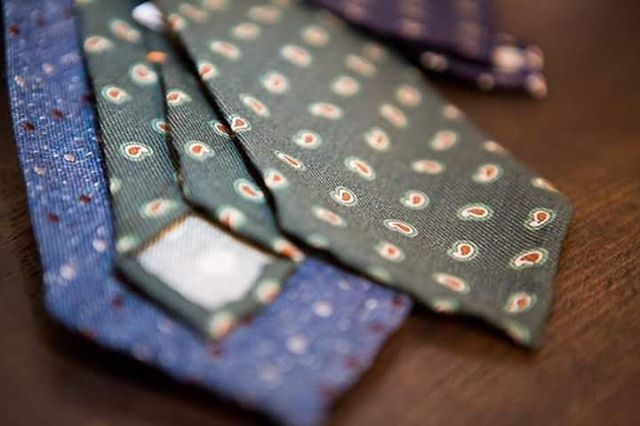"""sartoriahabitus: """" A tie with its knot tells much more of the man than a shirt or even a jacket… info@sartoriahabitus.com #sartoriahabitus #bespoke #tailoring #tiecollection #tie #handmade #fattoamano #sumisura #sprezzatura #handcrafted #luxury..."""