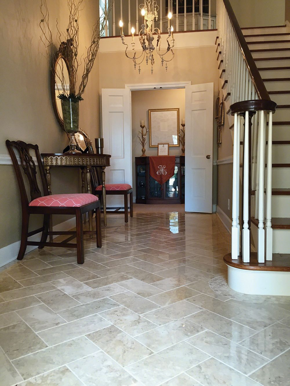Elegant Foyer Tiles : Tile flooring first impressions start with the foyer