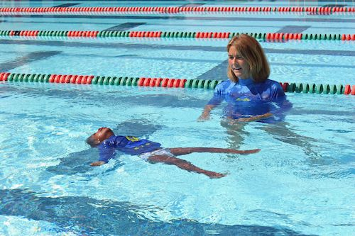 Isr Lessons Teaches Toddlers How To Roll On Their Backs And Float A Self Rescue Technique Amazing Swimming Lesson Plans Swim Lessons Learn To Swim