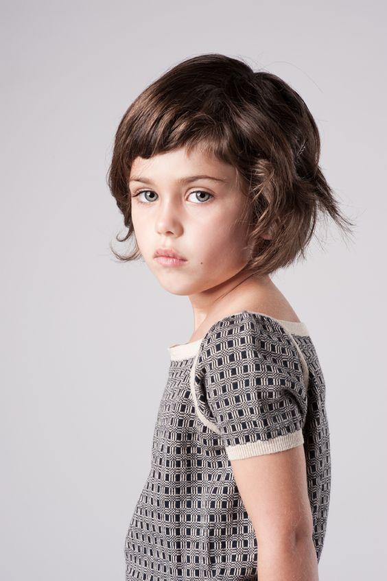 nette frisur für kleine mädchen mit kurzem haar | kurze