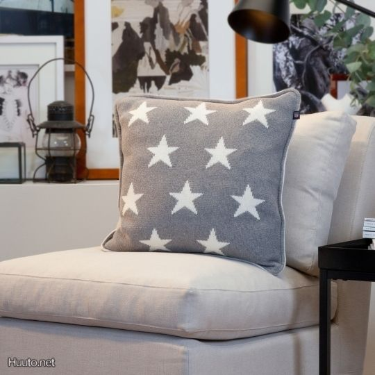 GANT 10 star knit cushio