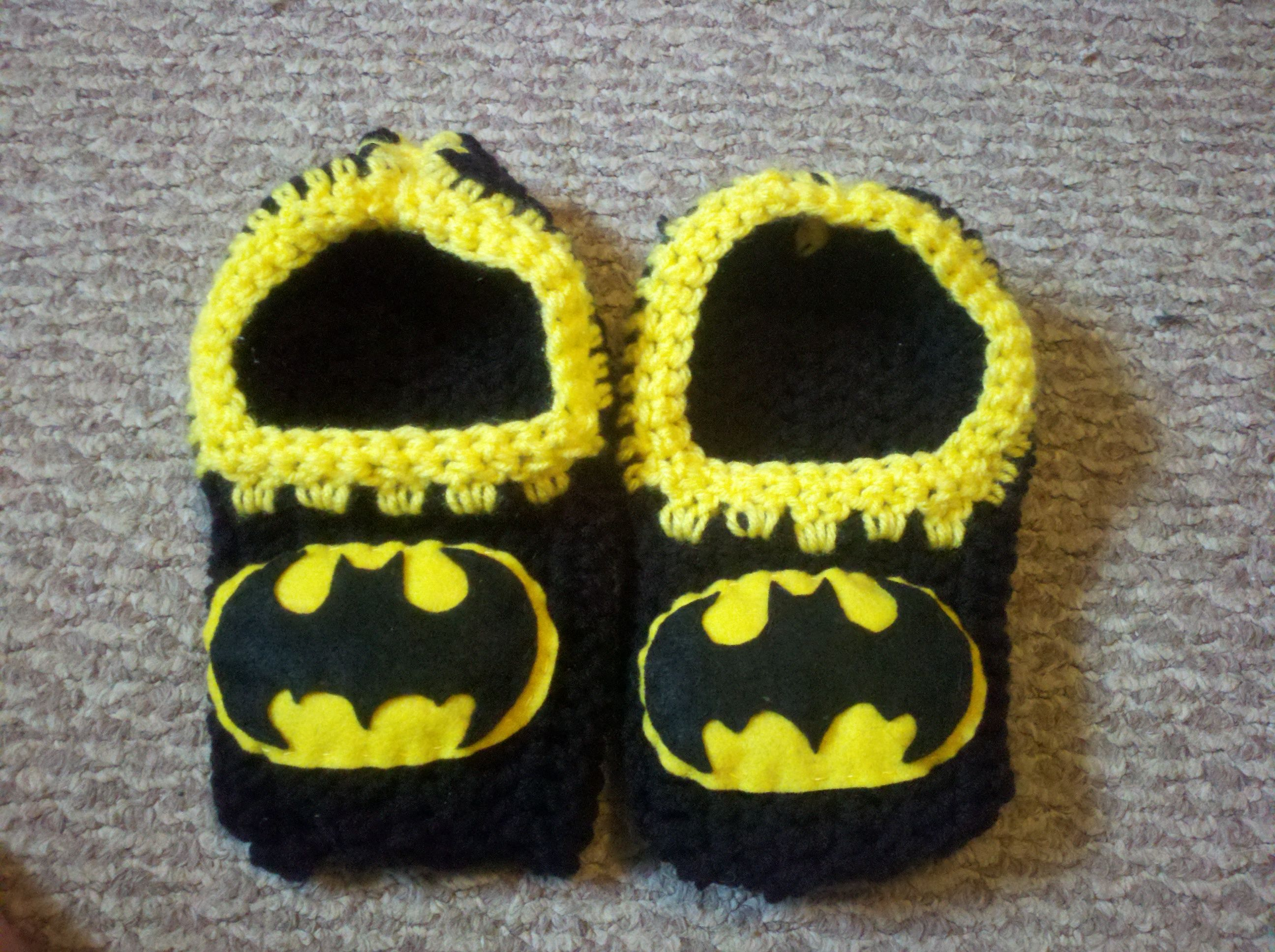 Batman Slippers I made for my dad! | Crochet Rules! | Pinterest ...