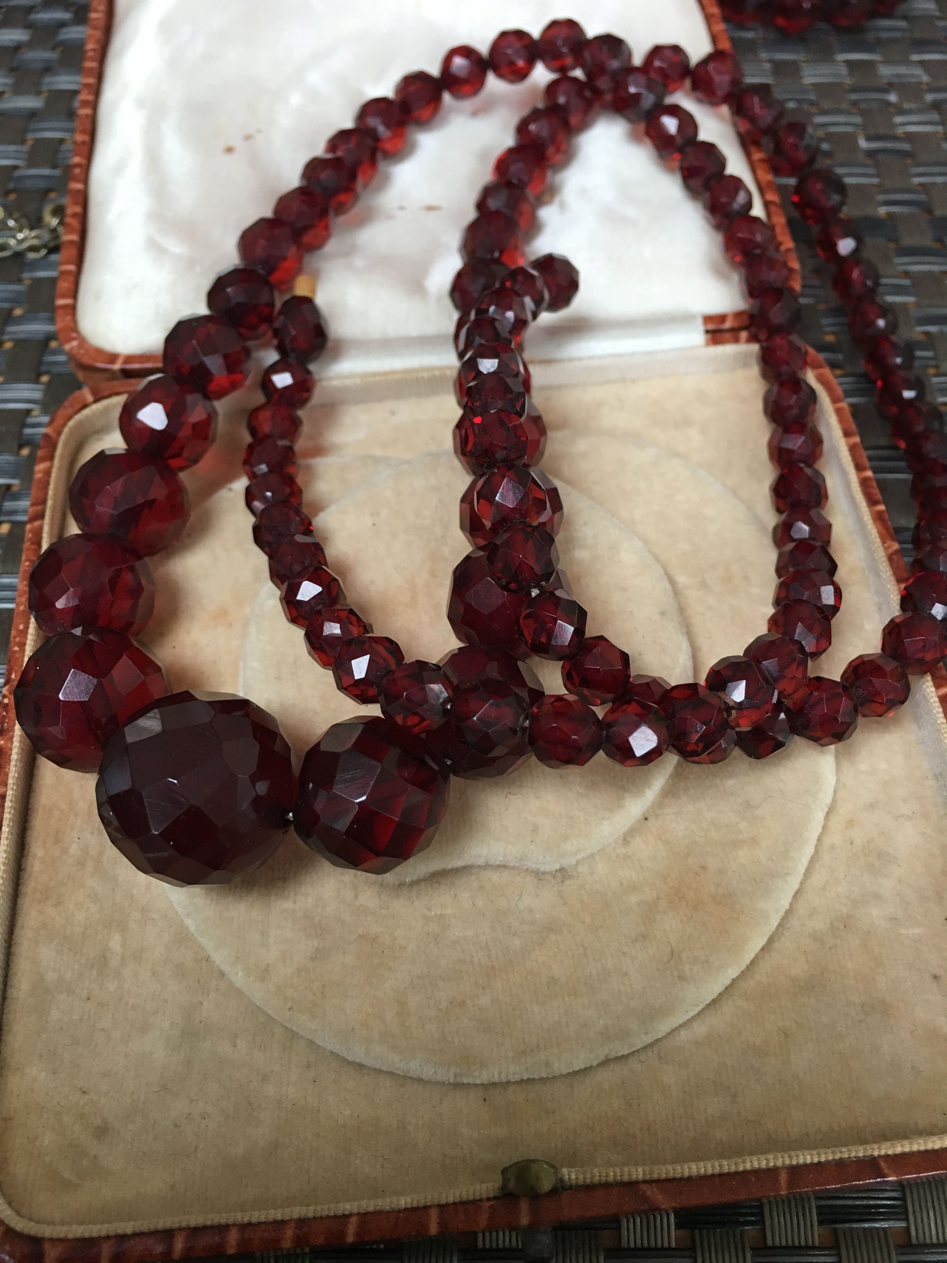 Cherry Amber Facetted Bakelite necklace