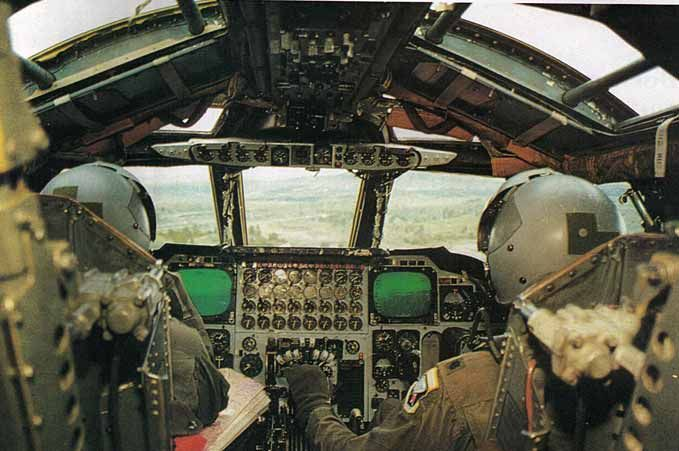 Inside A B 52 Bomber The Use Of Aerial Refueling Gives The B 52