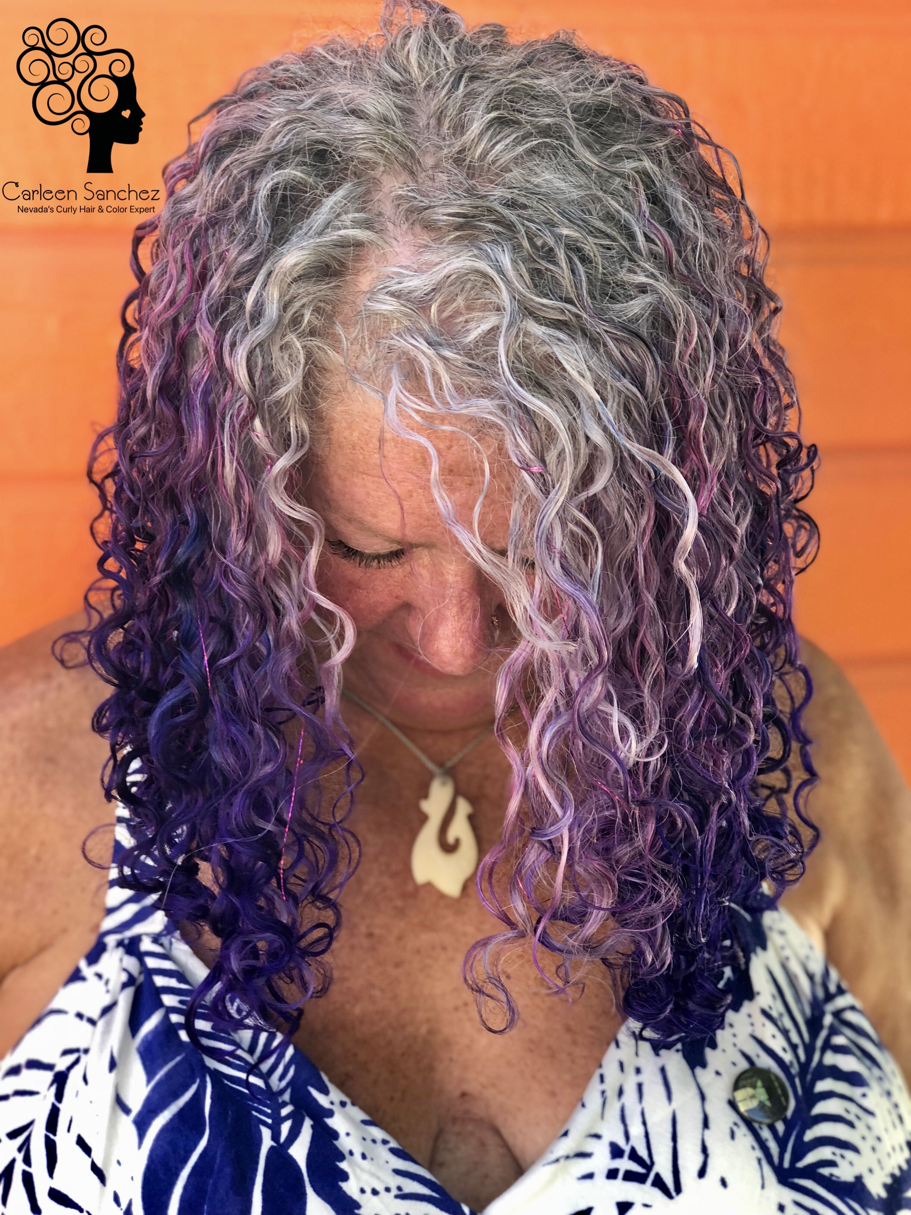 Reverse Ombre Silver Sisters Who Want Shades Of The Rainbow In Their Hair Are So Fun The Hair Oops Haircuts For Curly Hair Curly Hair Styles Naturally