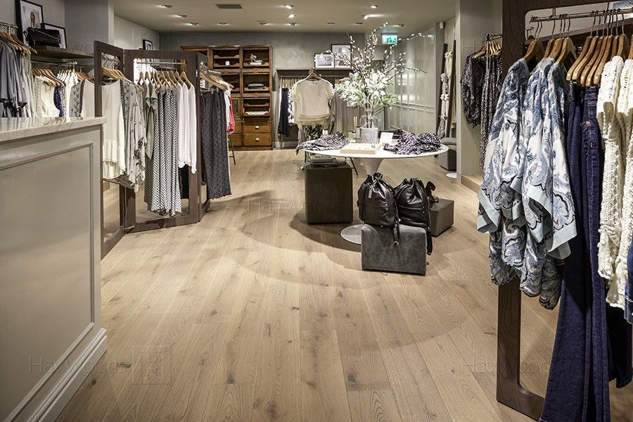 Mint Velvet, Retail Store, Engineered Wood Flooring - Mint Velvet, Retail Store, Engineered Wood Flooring The New MINT
