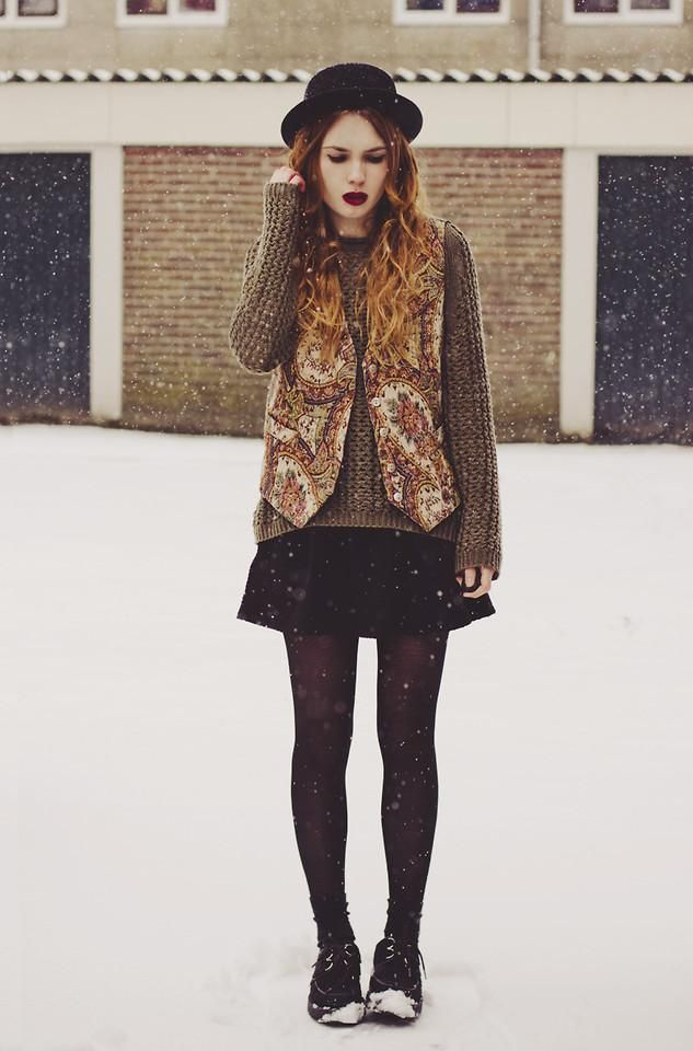 Get this look (vest, sweater, hat, skirt) http://kalei.do/Wfi1RkSKo0d5uBAE