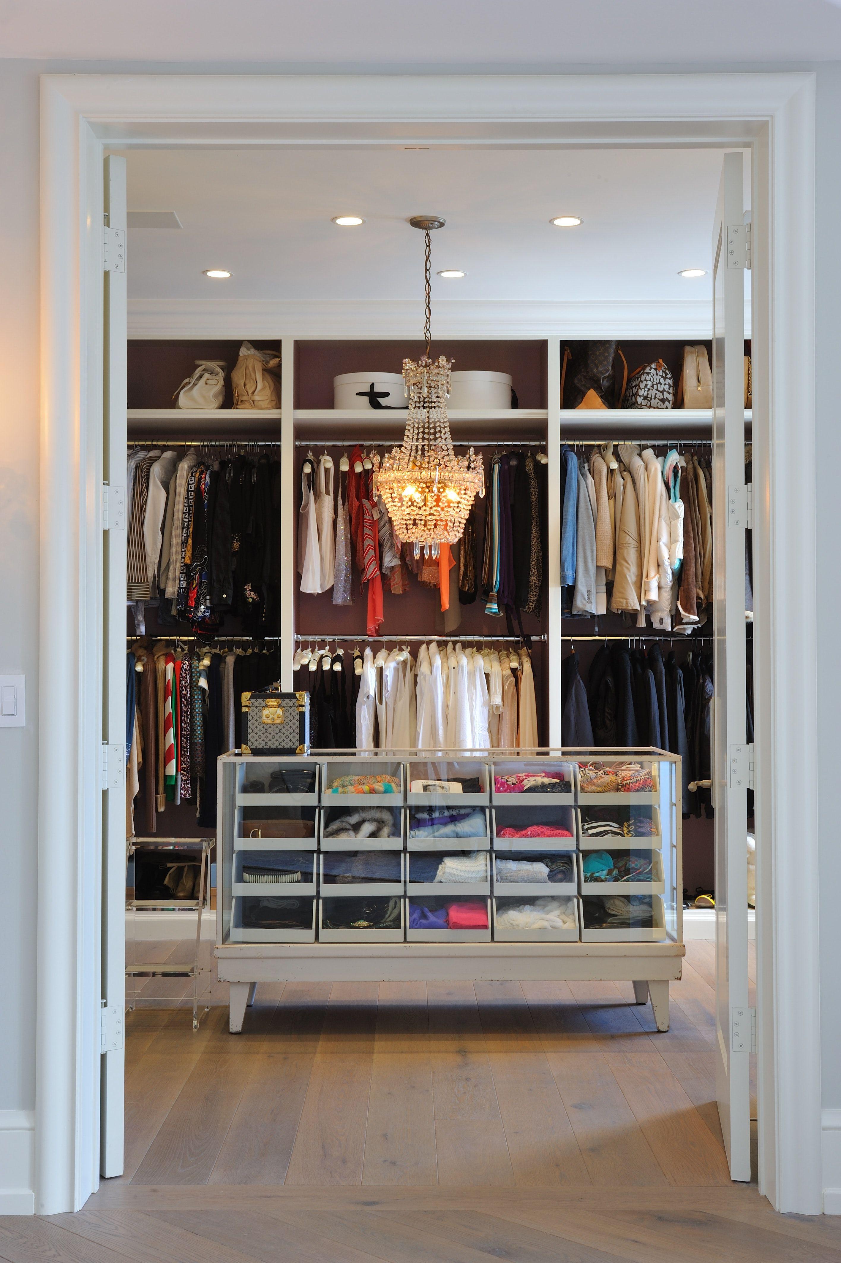 Los Angeles Dressing room Walk in closet, Closet designs