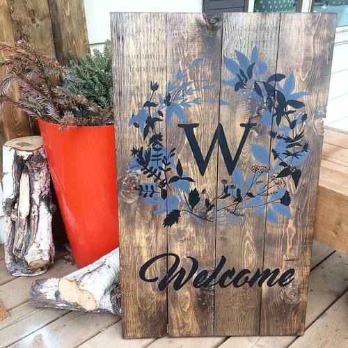 Pin By Megan Hildebrand On Tulip Street Sign Co Barn Wood Signs Street Signs Barn Wood