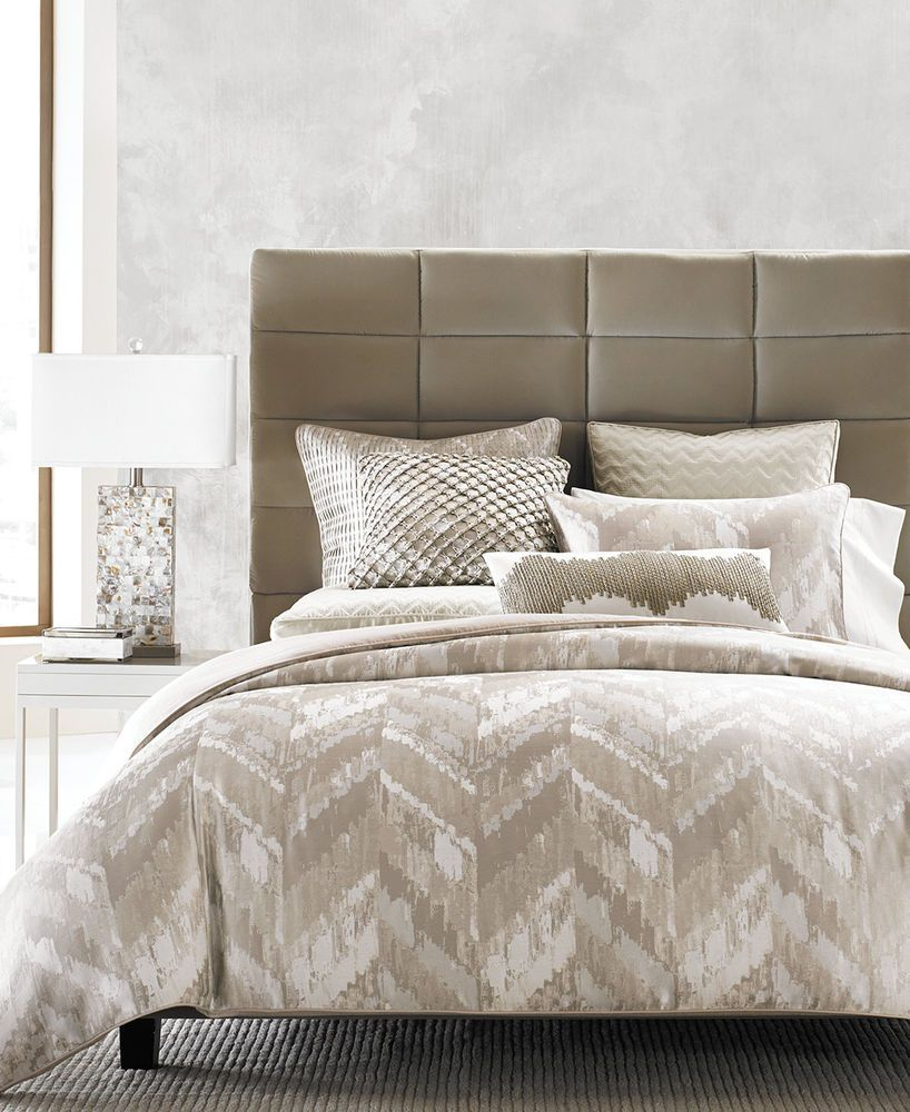 Hotel Collection Distressed Chevron GOLD Full / Queen