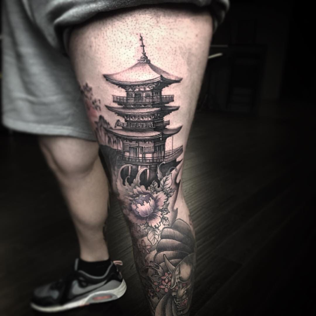 temple tattoo japon tattoo pinterest maison asiatique id es de tatouages et tatouages. Black Bedroom Furniture Sets. Home Design Ideas