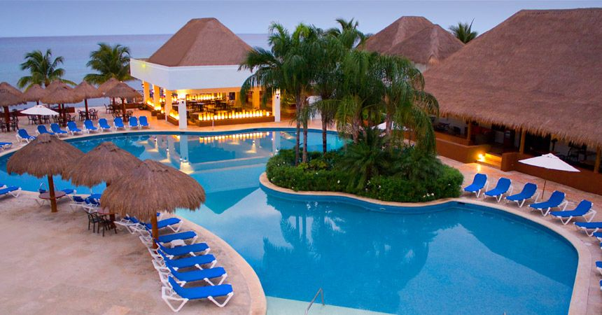 Sunscape Resorts & Spas can cater all things Mexico to you with their all-inclusive packages from Apple Vacations. | 13 Reasons The Only Place To Go On Vacation Is Mexico