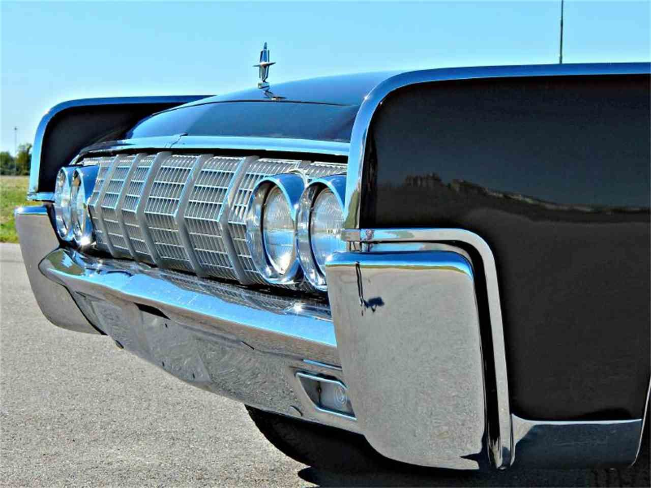 The Great Grill On The 1964 Lincoln Continental Lincoln
