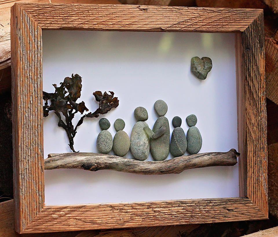 Salt and pebbles gallery sara pinterest piedras for Decoracion de canteros con piedras
