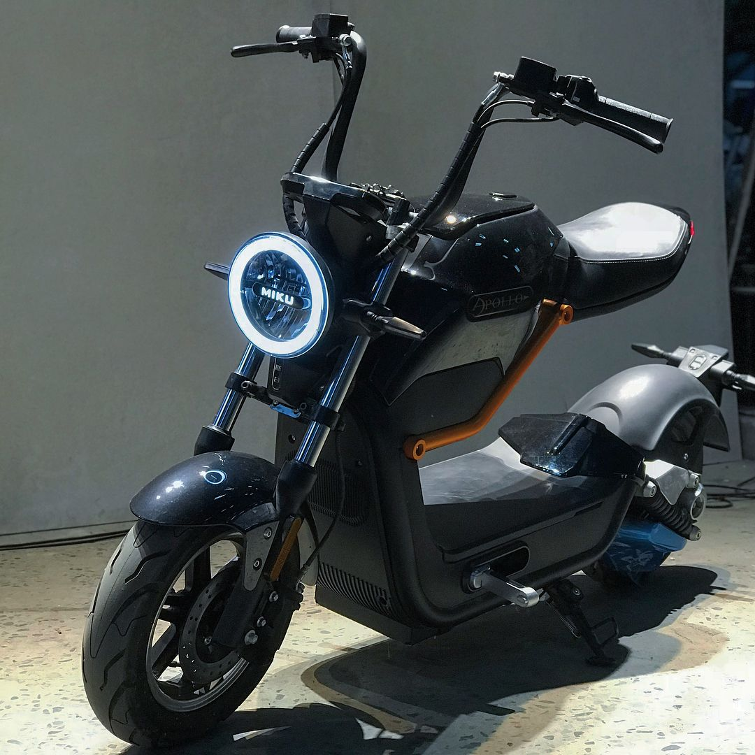 Electric Scooter Miku Max Now Available In Russia Evnerds Sepeda