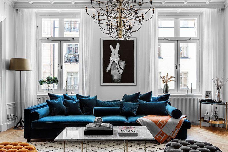 Blue Velvet Sofa And Bold Bedrooms Modern Apartment In Stockholm In 2020 Velvet Sofa Living Room Blue Velvet Sofa Living Room Transitional Style Living Room Decor
