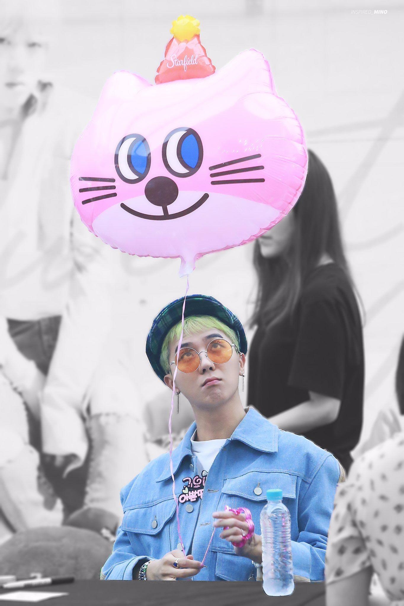 Resultado de imagen de kpop fansigns