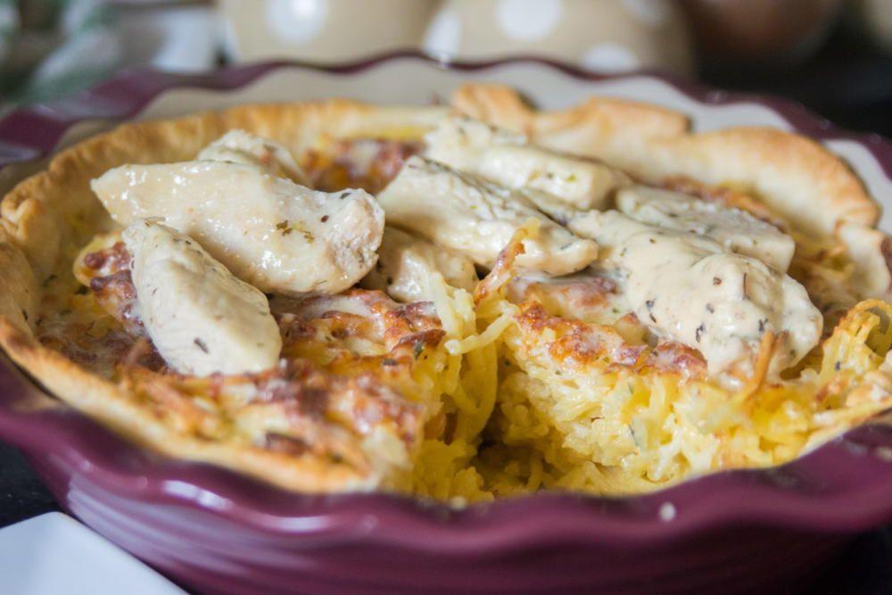 Olive Garden Chicken Alfredo Spaghetti Pie Spaghetti Pie Chicken Dishes Recipes Copykat Recipes