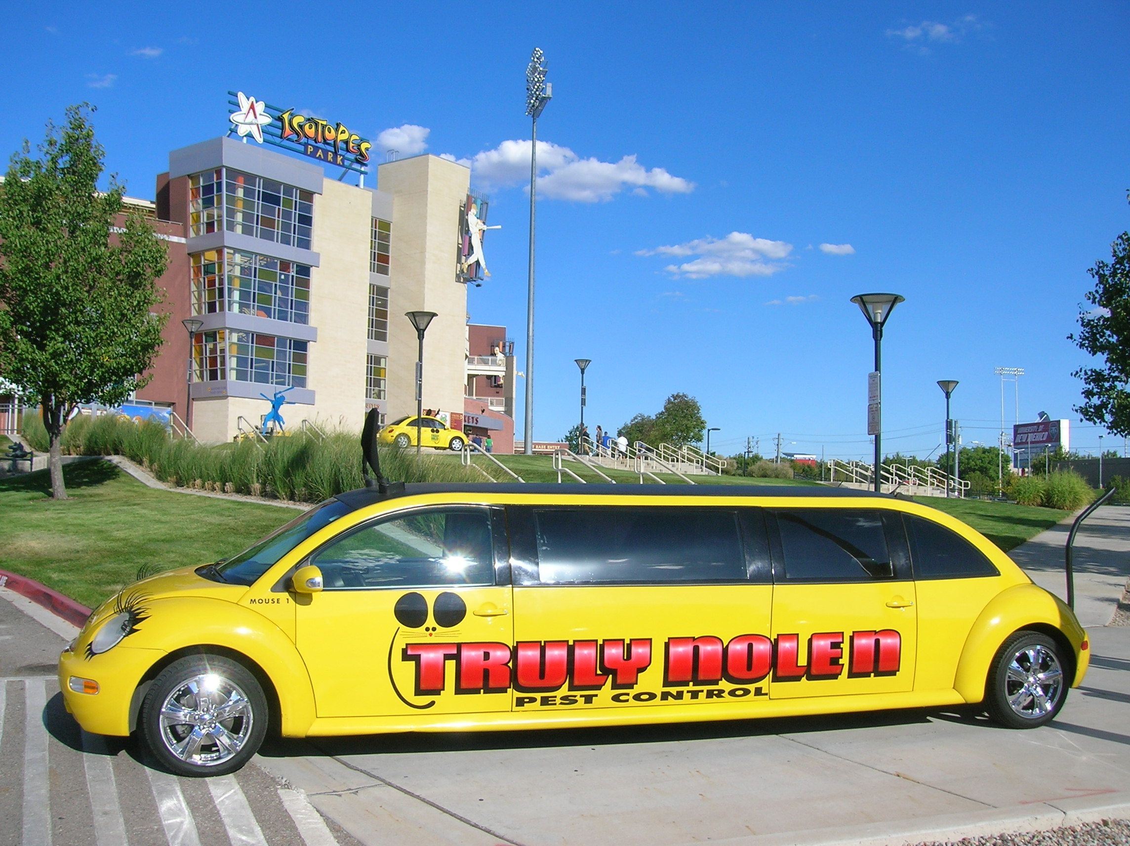 The Truly Nolen Mousecar Limo In Alb Nm Limo Cars Vehicles