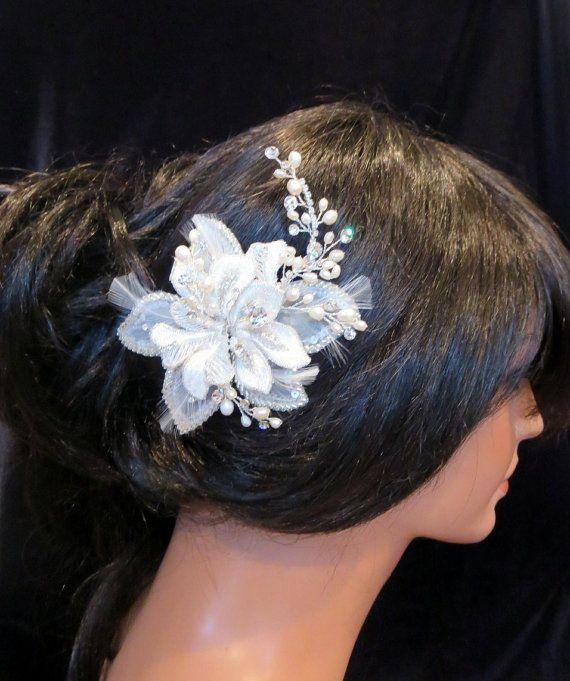 Tocado de novia con cuentas peine del pelo por TheExquisiteBride