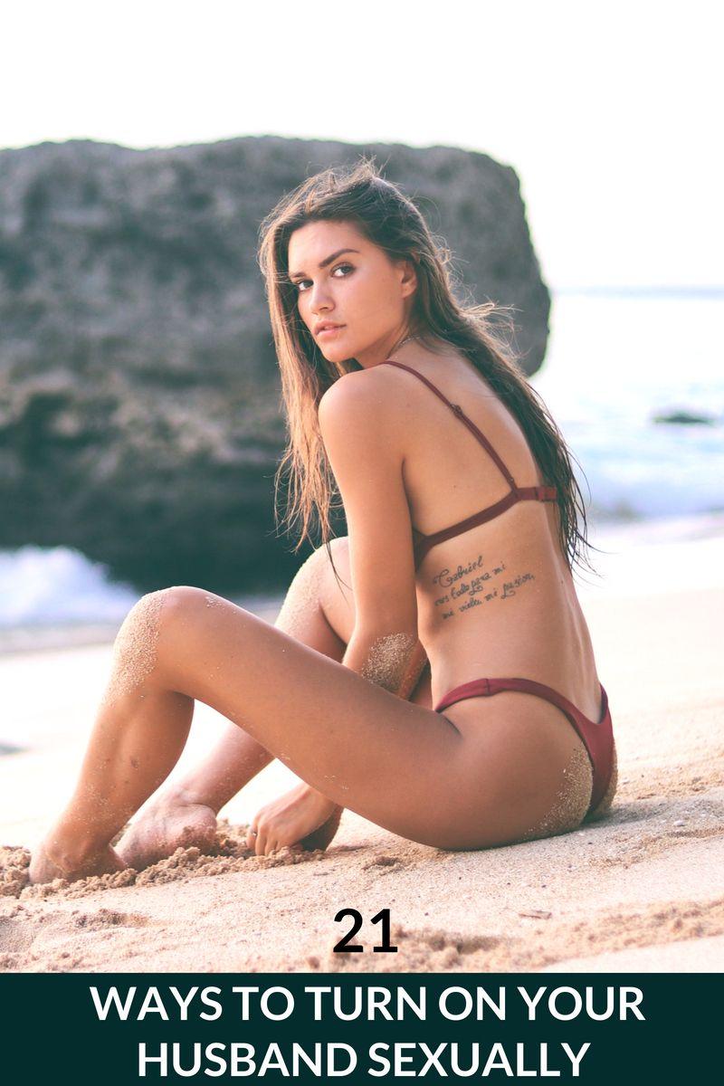 Demi lovato bikini pictures