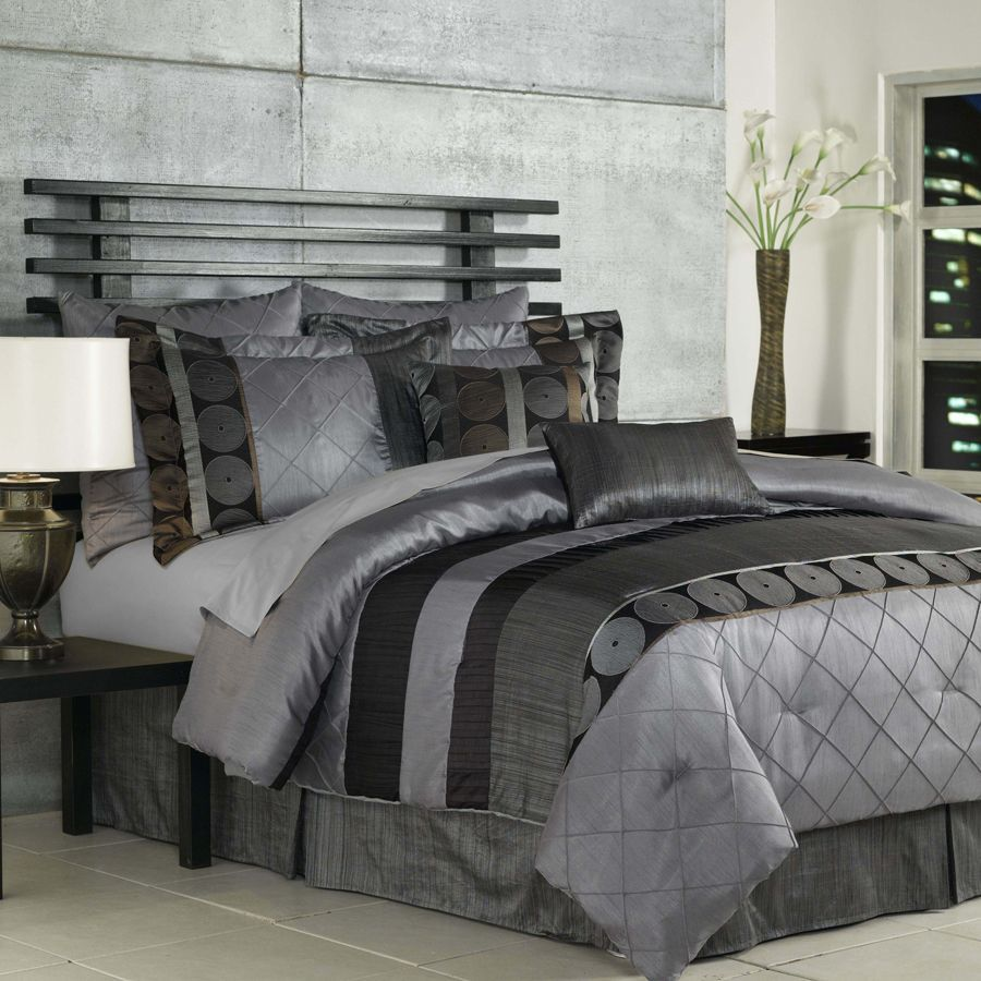 1000  images about Bed comforters on Pinterest   King  Roxy and Bed duvets