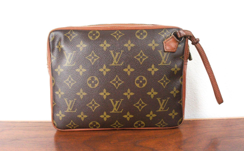 e1ccf52743e6 Vintage Louis Vuitton Wristlet Clutch Bag