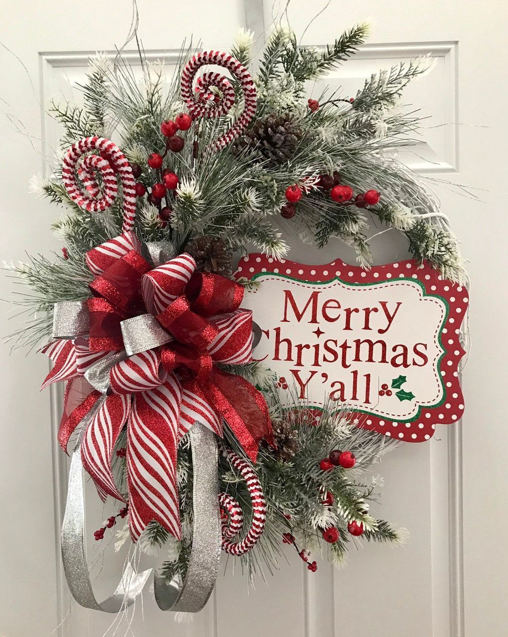42 Perfect Candy Cane Christmas Decor Ideas For Your Home