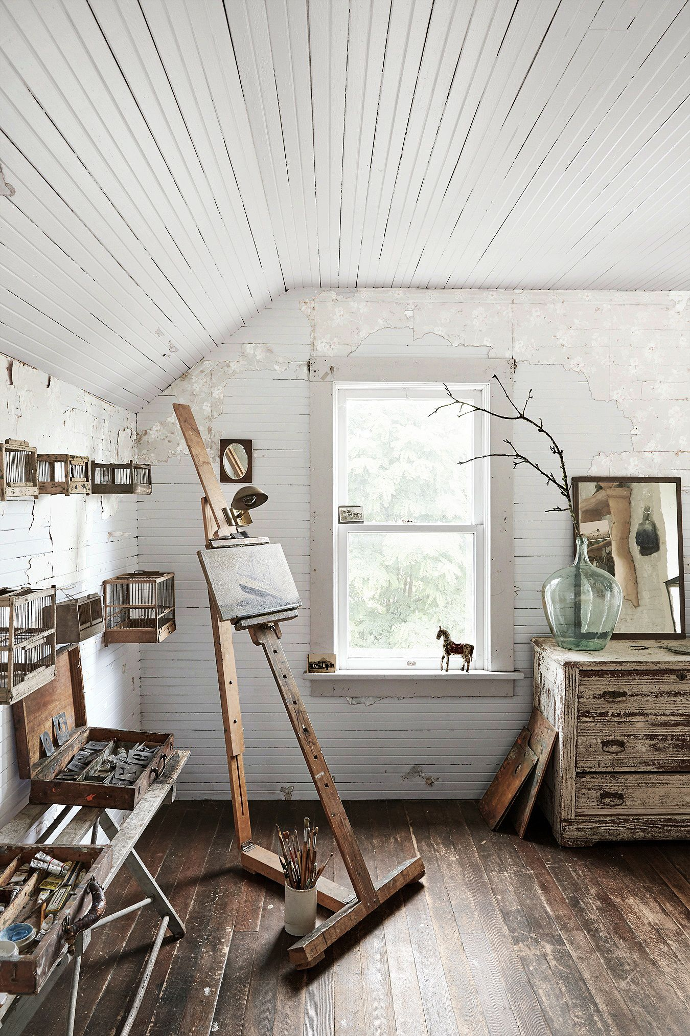 This Antiques Dealer\'s 106-Year-Old Farmhouse Is Just as Beautiful ...