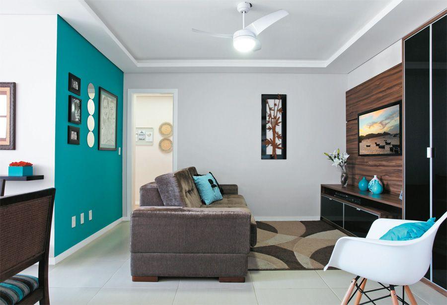 Sala con pared azul diseñode interiores Pinterest Salas