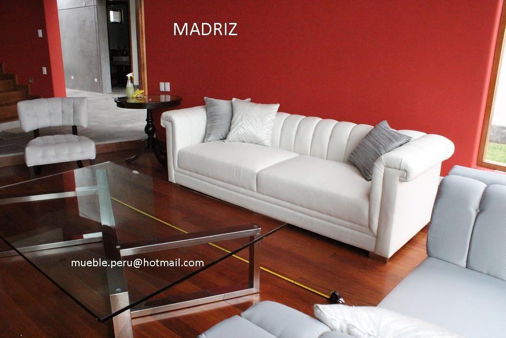 Collection madriz moderna composicion de elegante sofa y - Butacas tapizadas modernas ...