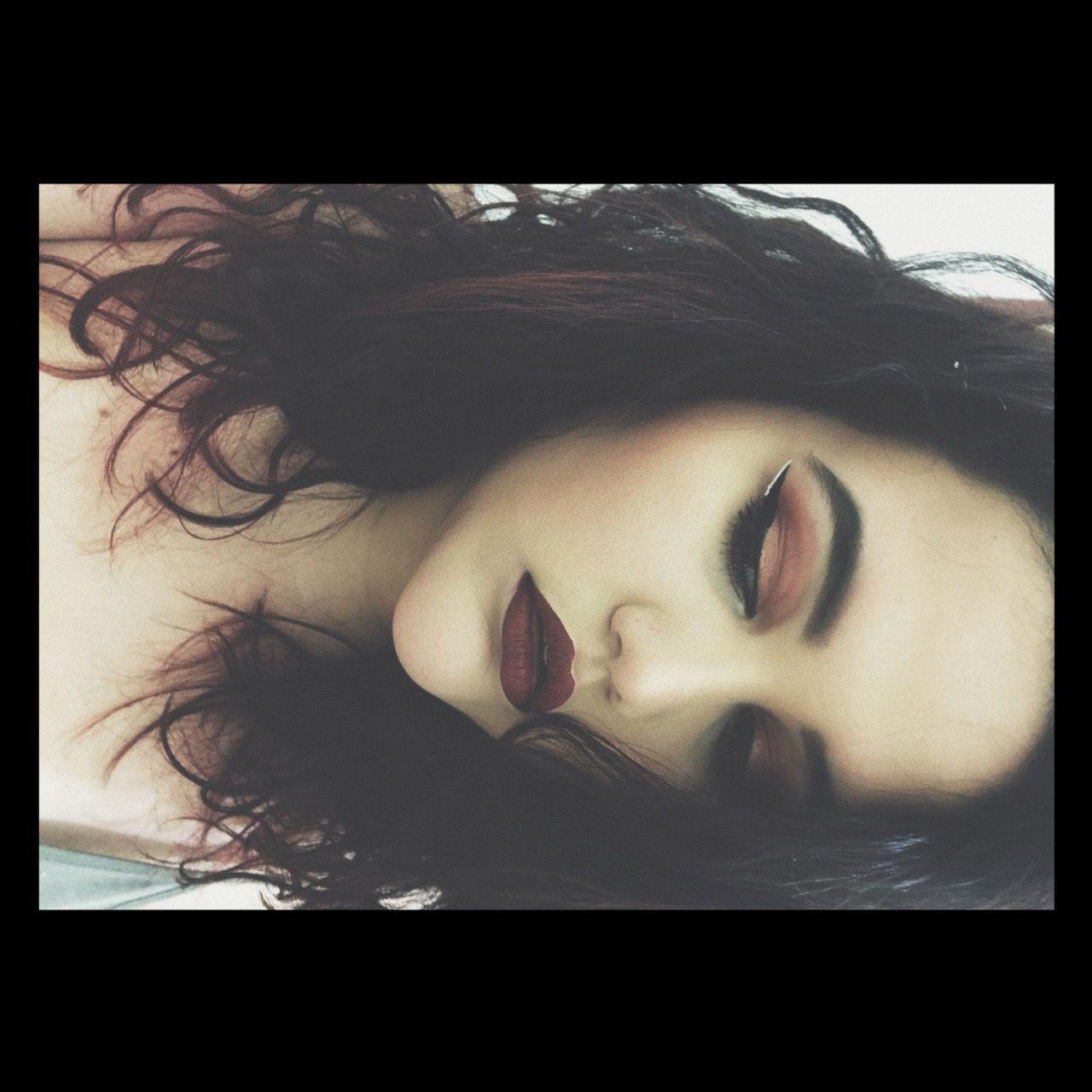 #35O palette #MorpheBrushes So fine liquid eyeliner #tarteCosmetics #unicornblood #velourliquidlipstick #jeffreeStar