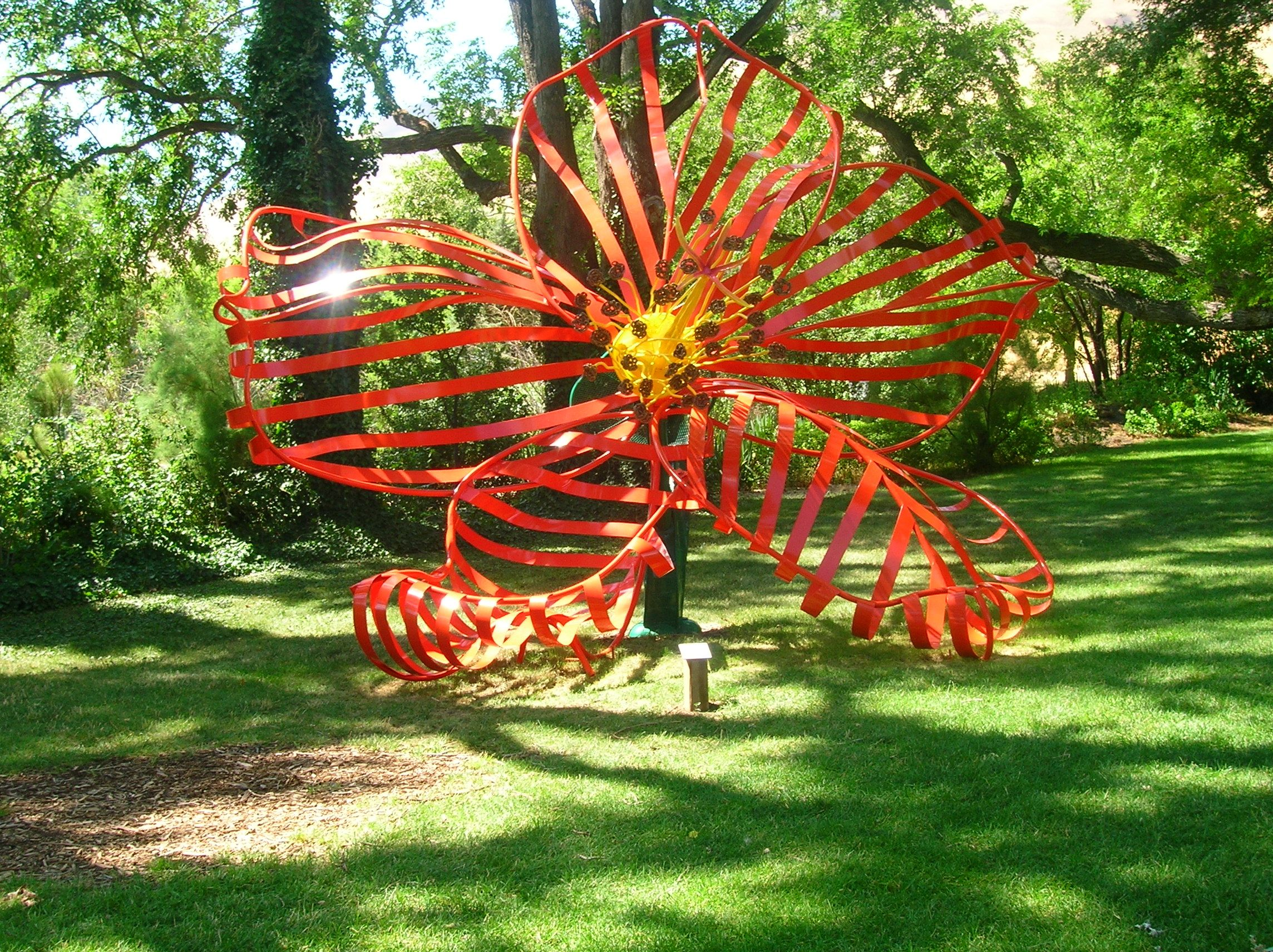 Matt Cartwright (Portland, Ore.), Malabar Bombax, 2009, powder-coated steel. Collection of Maryhill Museum of Art.