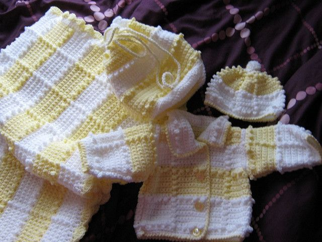 509991a7ee8b Craft Passions  Popcorn Baby Set  free  crochet pattern link her ...