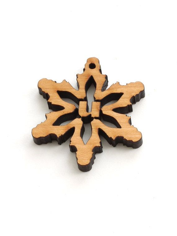 Mini Snowflake Wood Monogram Tie-on - Letter U - Sustainable Wisconsin Wood . Timber Green Woods