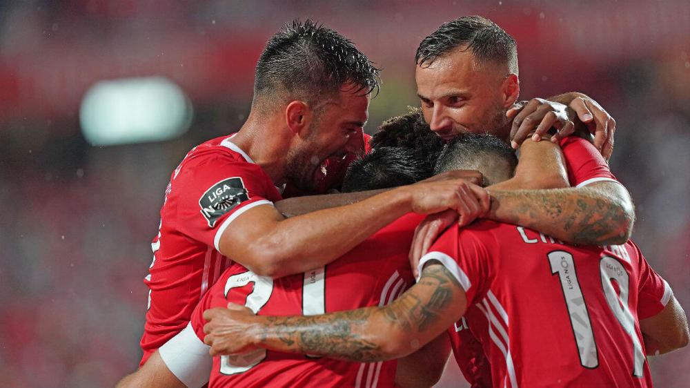 Pin em Sport Lisboa e Benfica