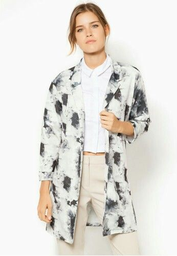 Monochrome crepe duster jacket and nude pants