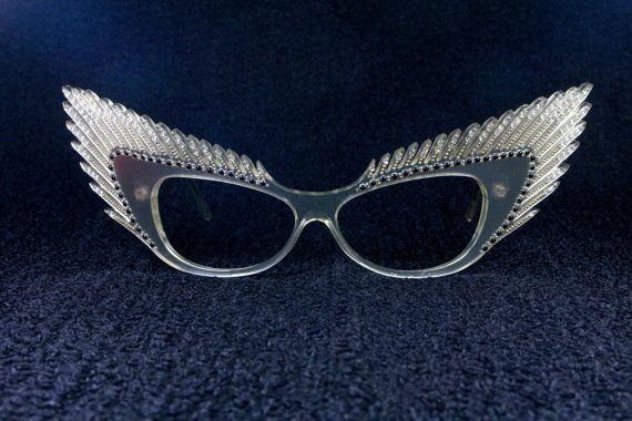 de2cfb18e26bc Alain Mikli Wings Vintage 80s ultra rare   collectable clear pearl  rhinestones sun   eyeglasses frame
