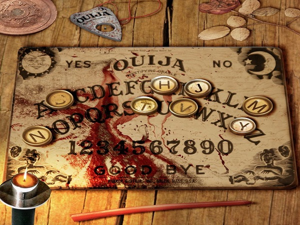 Bàn cầu cơ là gì? Hướng dẫn cách chơi bàn cầu cơ Ouija