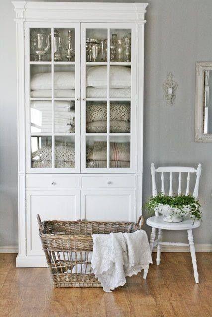 Rincones detalles gui os decorativos con toques romanticos for Muebles romanticos blancos