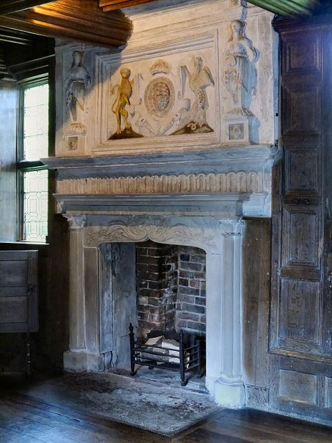 Elizabethan Fireplace In The Parlour Little Moreton Hall