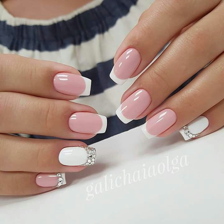 Just the white and silver nail | I do | Pinterest | Diseños de uñas ...