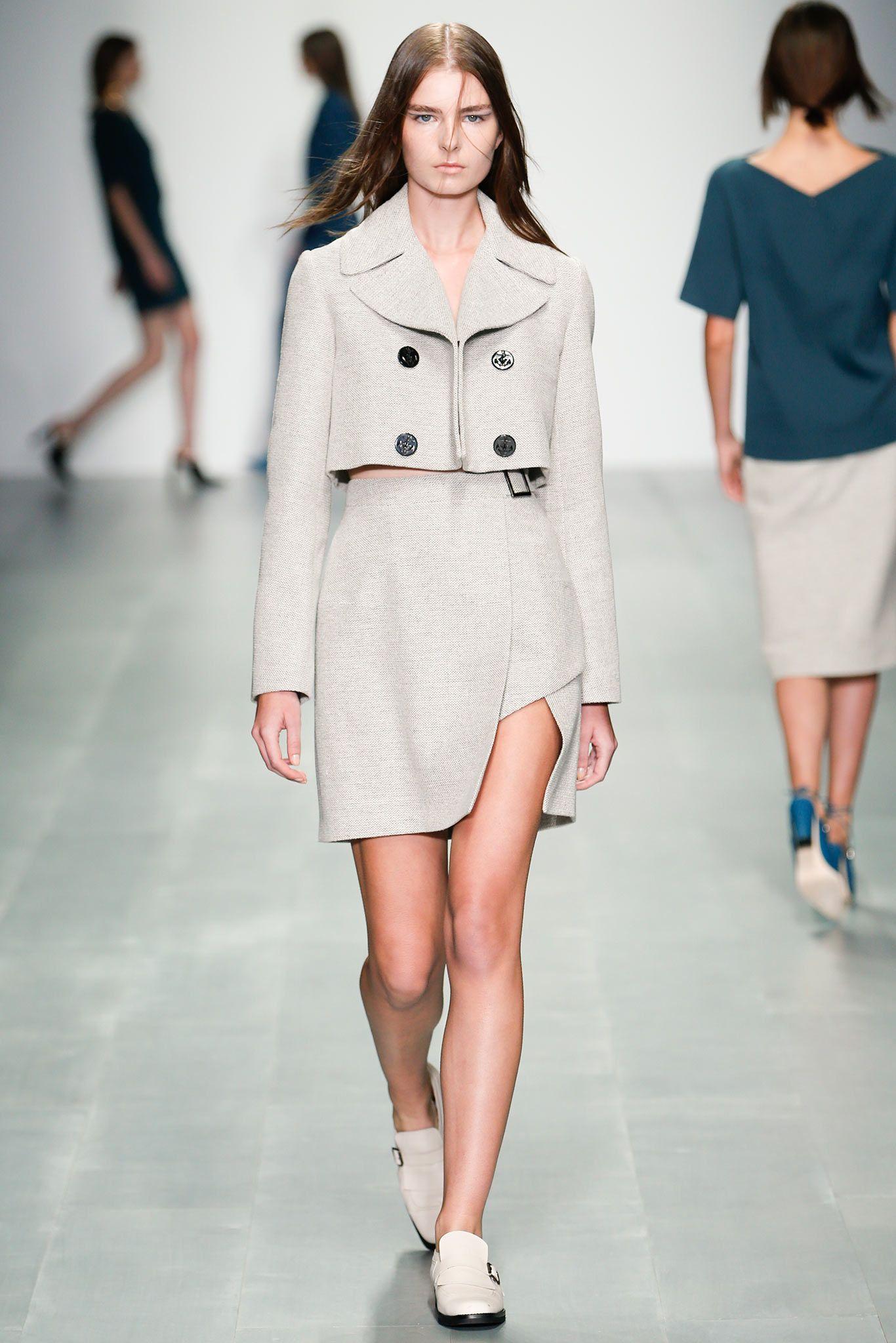 Spring 2015 Ready-to-Wear - Marios Schwab