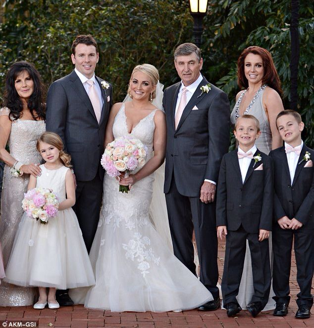 4541b2965f4 Britney spears at her sister jamie lynn spears wedding | Britney ...