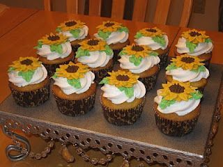 Cakes by Becky: Sunflower Cupcakes #sunflowercupcakes Cakes by Becky: Sunflower Cupcakes #sunflowercupcakes Cakes by Becky: Sunflower Cupcakes #sunflowercupcakes Cakes by Becky: Sunflower Cupcakes #sunflowercupcakes