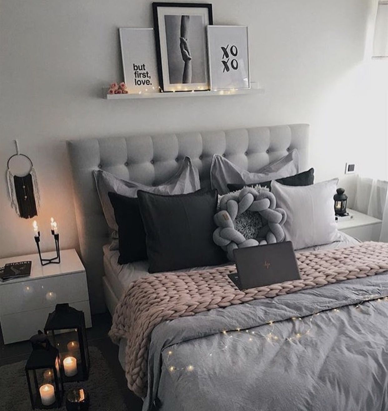 Photo of I like the headboard in that color and the shelf with pictures, so they can be changed …